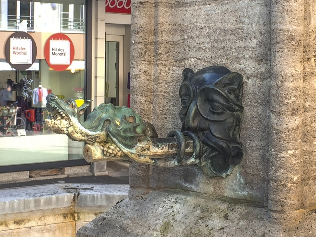 Luzern Dragon Fountain